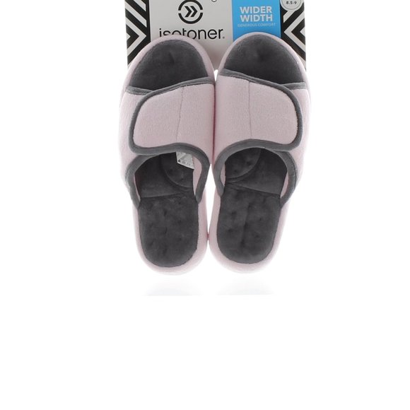 isotoner wider width classic slippers NWT